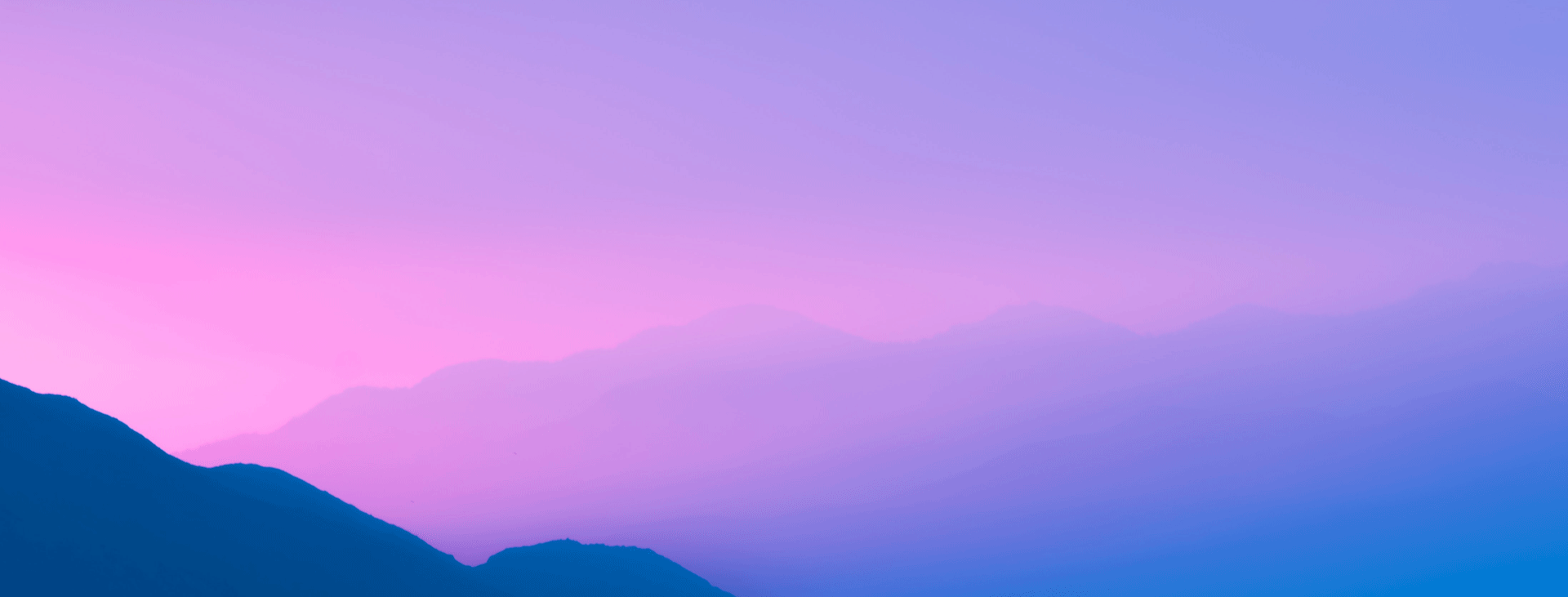 Peaceful pinky blue skyline